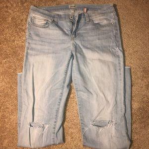 Light Wash Sneakpeek Ripped Jeans